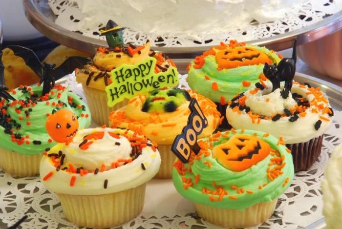 halloween cupcake low