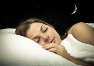 【不眠で肥満??】寝てるだけで美人になれちゃう秘密兵器を発見!