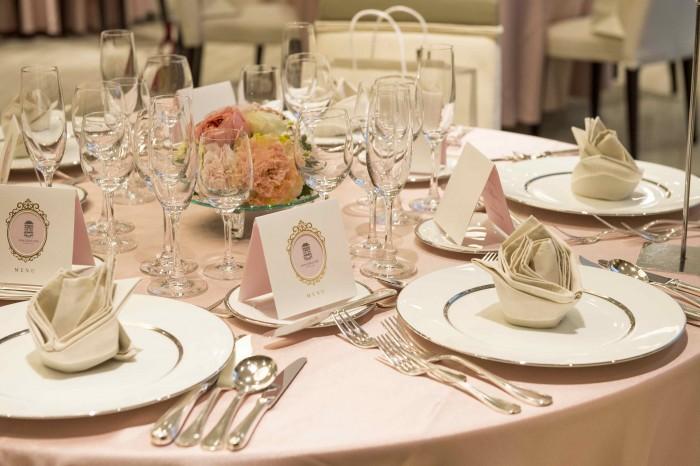 結婚式本番と同じようなテーブルセットに胸キュン♡