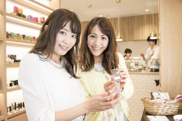 左から、鈴丘めみさん(no.00)、斉井夕絵さん(no.000)