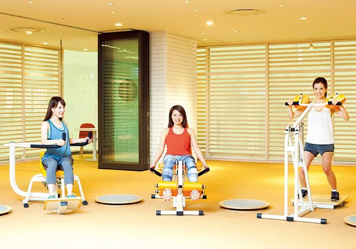左から、新井まるさん(no.010)、渡辺真由子さん(no.022)、黒田麻理耶さん(no.037)