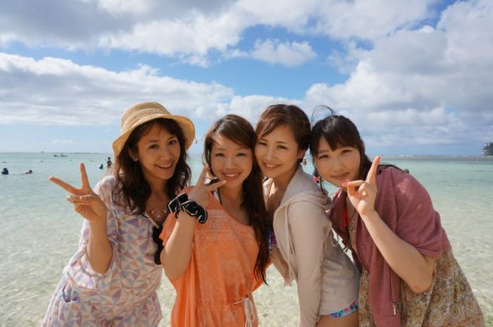 左から、尾谷萌さん(no.63)、遠藤朋美さん(no.65)、吉田まりみさん(no.153)、斉井夕絵さん(no.34)。