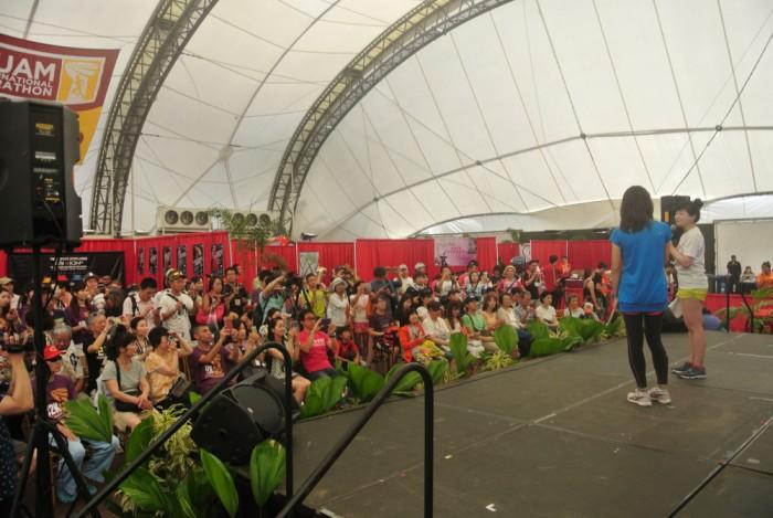 高橋尚子さんの講演会場。ランナーでいっぱい!