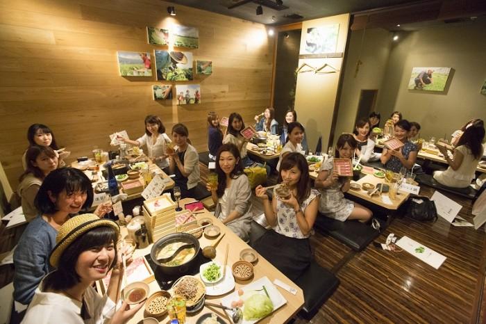 総勢25名のanan総研メンバーが夏鍋を実食!