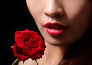 【この匂いはあの子…】究極の2大香り成分で、忘れられない女になる。