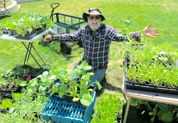 50年以上も食を無料で提供し続けているツリーさん。(写真・宇井裕美)