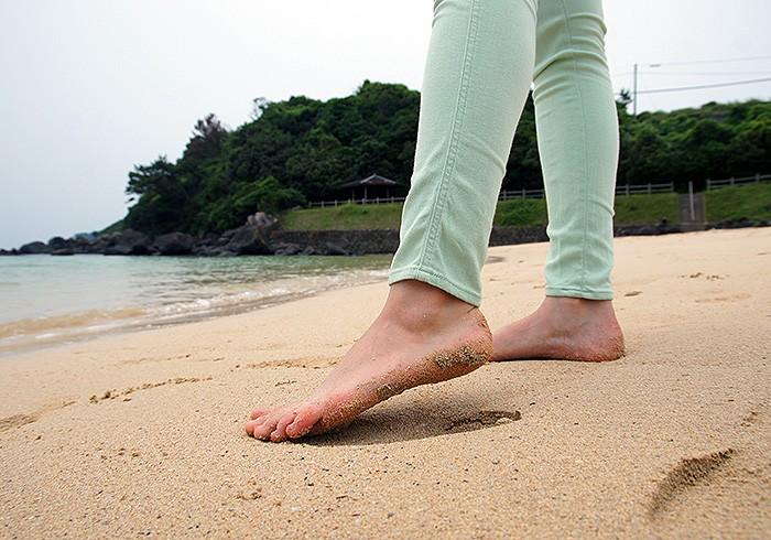 足が沈むくらい砂が柔らかい。