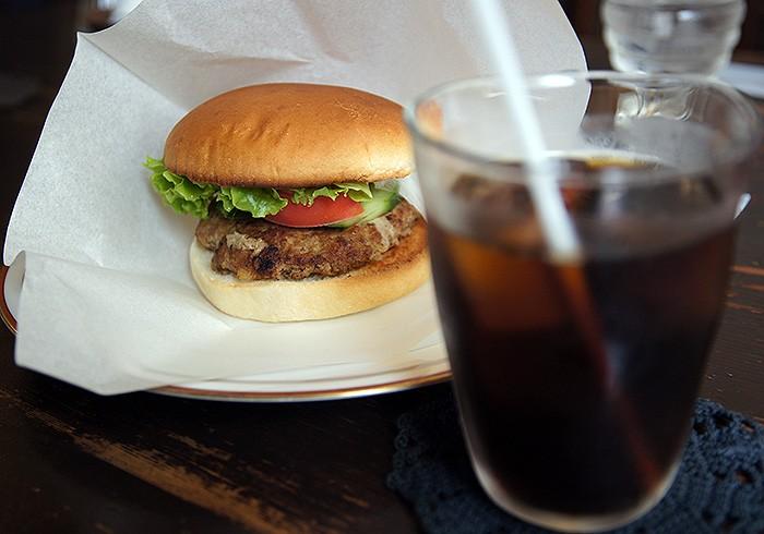 壱岐牛バーガー。