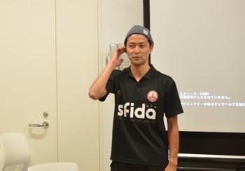 田口コーチ。