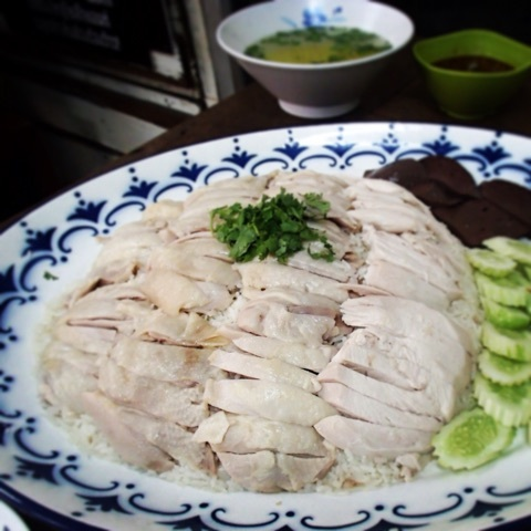 【タイ旅行記】vol.5絶品!バンコクNo.1のカオマンガイ(チキンライス)を紹介します。