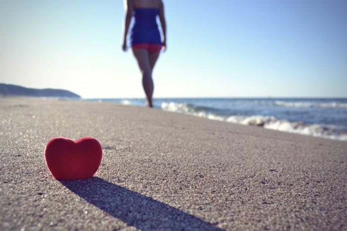 夏の恋は海に捨てたわ……。