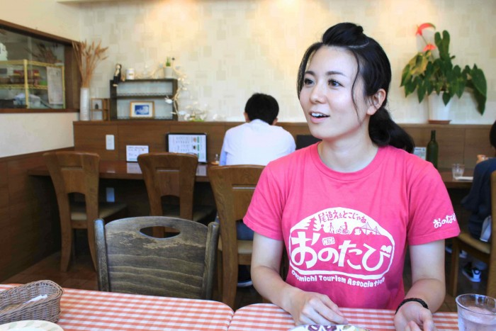 普段は和食派、お酒も大好きだという石原さん。