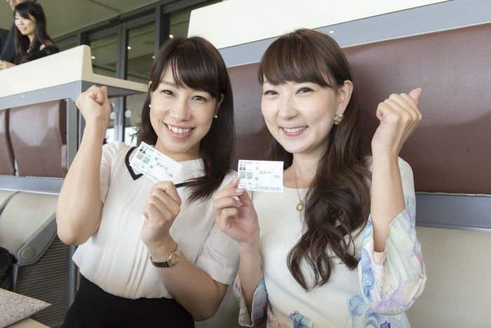 左から、櫻井 智絵さん(no.155)、能美黎子さん(no.57)。