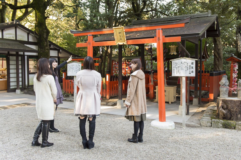 縁結びで知られる相生神社。