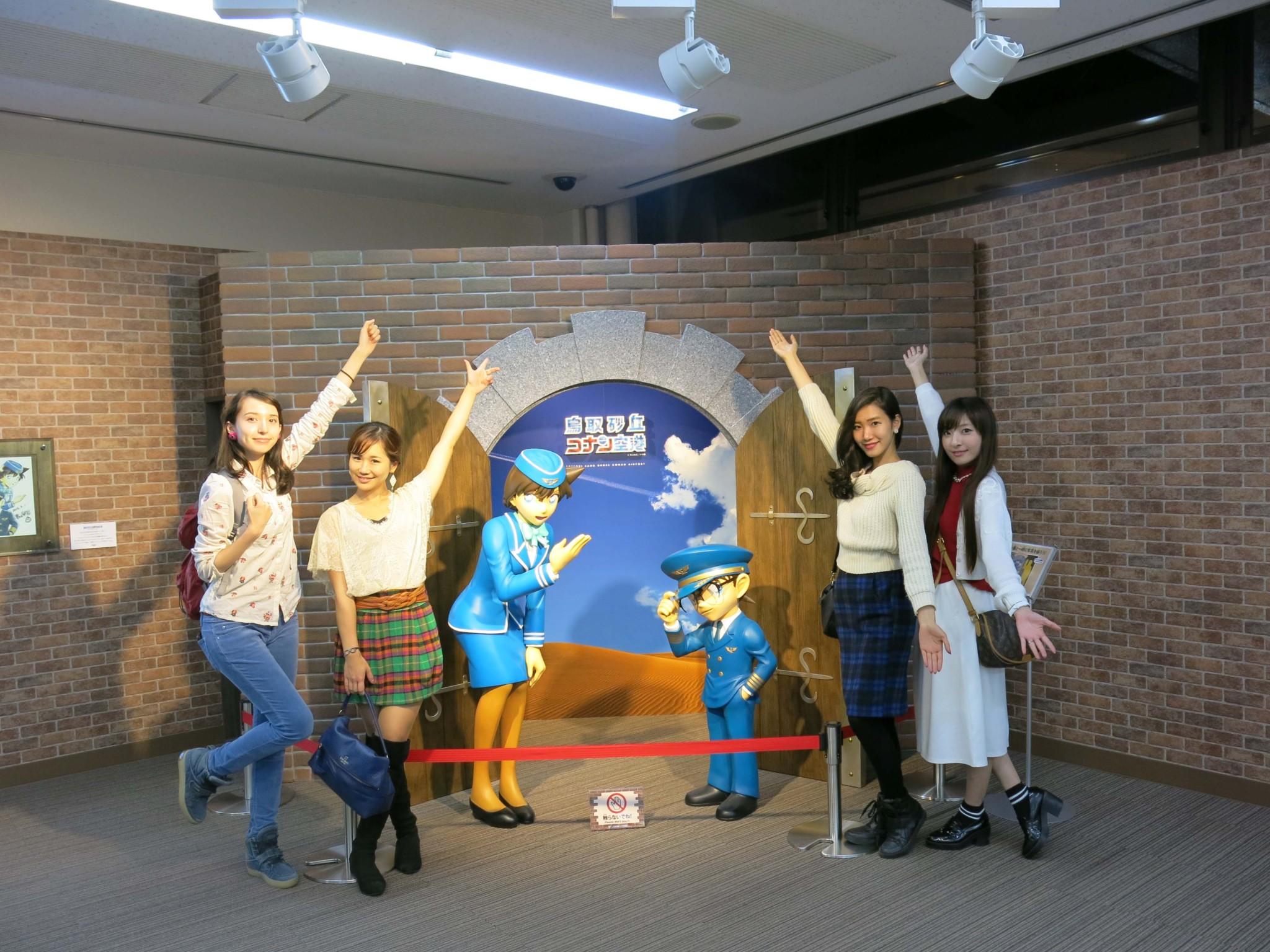 左から、斉藤アリス、尾谷萌さん(No.063)、御堂もにかさん(No.151)、五位渕のぞみさん(No.158)。