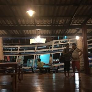 【タイ旅行記】vol.12タイの田舎に泊まろう!お宿のロビーから船に飛び乗りプチクルージング。