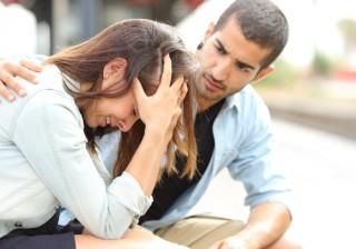 """【大失恋をして半鬱病に!?】今となっては女磨きになった""""苦い恋愛経験談""""7選。"""