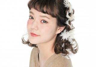 長澤メイちゃんに学ぶ! 至上最高にかわいくなれるクリスマス向きヘアアレンジ3選。