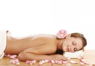 【読者プレゼント】ローズの香りに癒されながらふっくらお肌を手に入れる方法♡