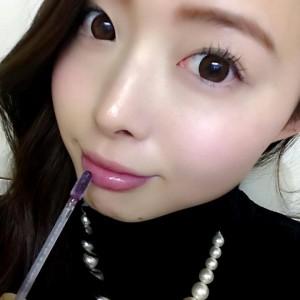 【@yuika】vol.33話題のブラックグロスをプチプラで!『キャンメイク ユアリップオンリーグロス』