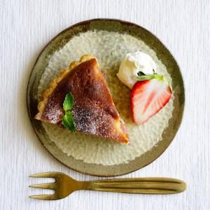 【肌トラブルを撃退!】美肌へ導く栄養素がギュッと詰まった『イチゴのアーモンドタルト』。