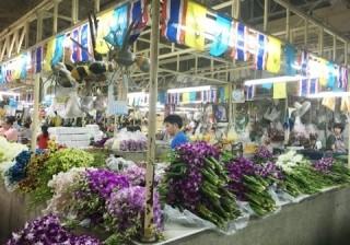 【夢のバラ風呂も♪】バンコクの格安フラワーマーケットに行ってみました!