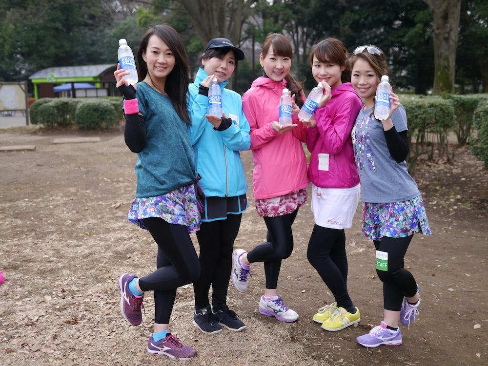 左から木下紗安佳さん、野村真美さん、能美黎子さん、藤野澪花さん、遠藤朋美さん