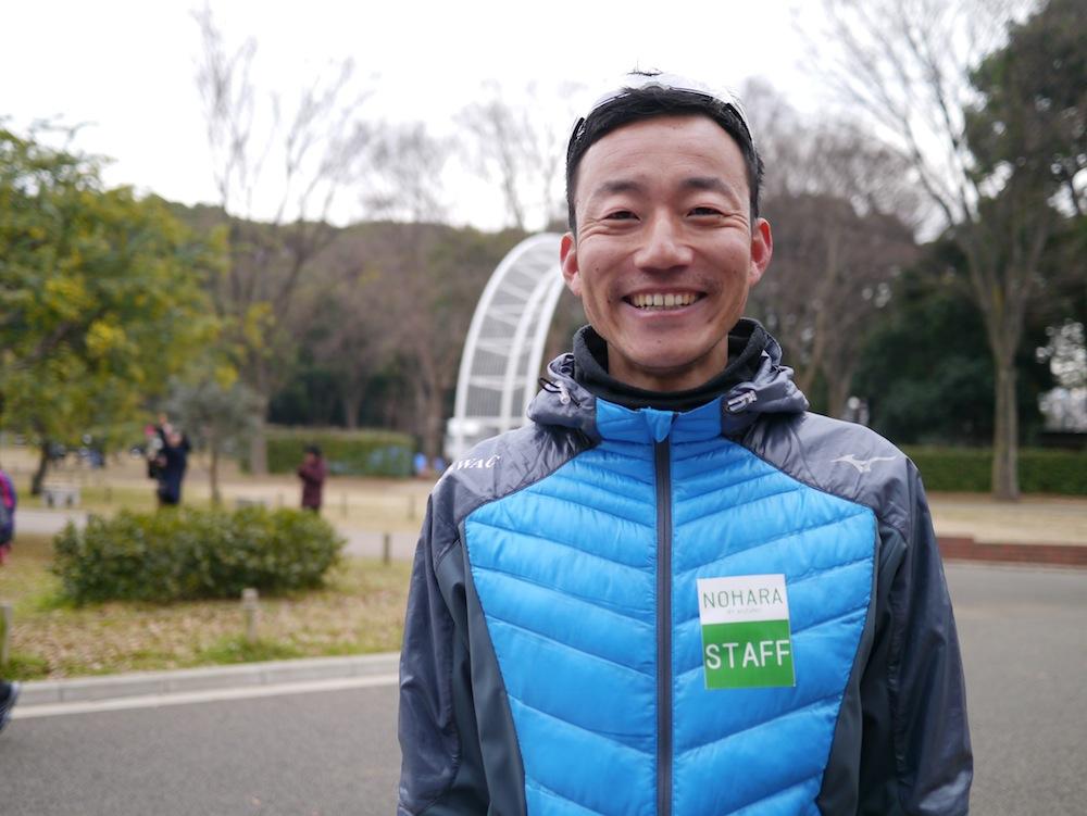 2001年の箱根駅伝で、早稲田大学の6区を走り抜けたほどの実力の持ち主。現在クラブチーム『セカンドウィンド(SWAC)』でトップアスリートをはじめ、たくさんのランナーを指導!