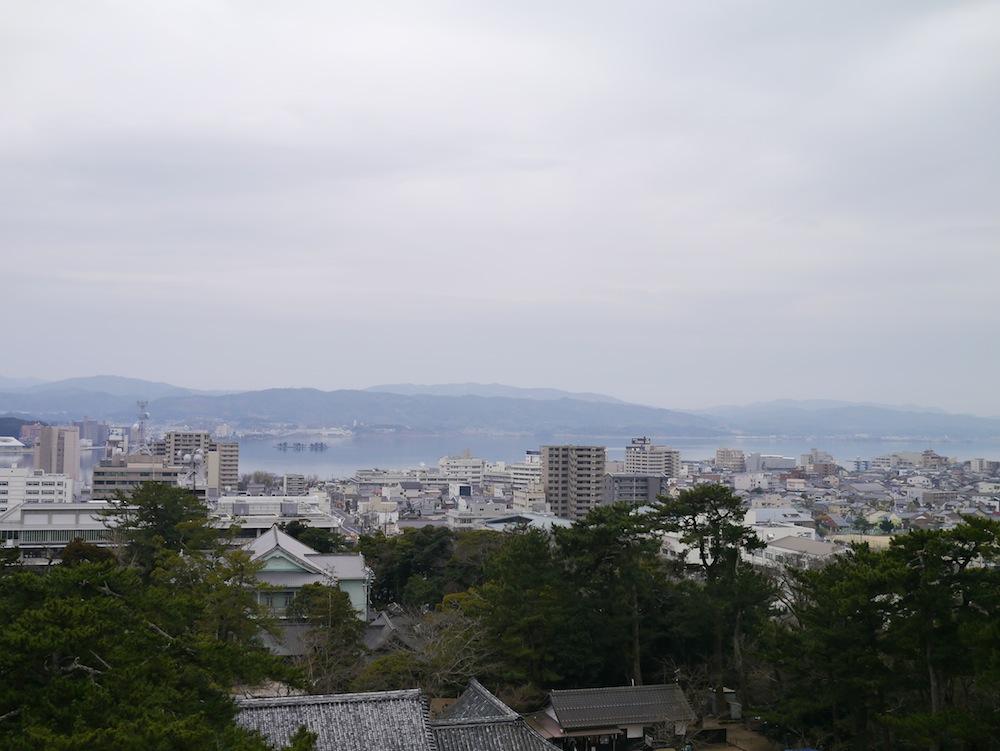 この日はあいにくの曇り空でしたが、晴れたらもっと素敵な見晴らし!