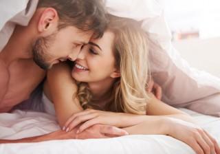 【したい時は?】女性の8割がH願望アリ! カレをその気にさせる誘い方。