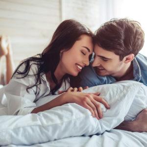 むしろ良い印象…?男女ともに好かれる「愛されビッチ」の特徴4つ