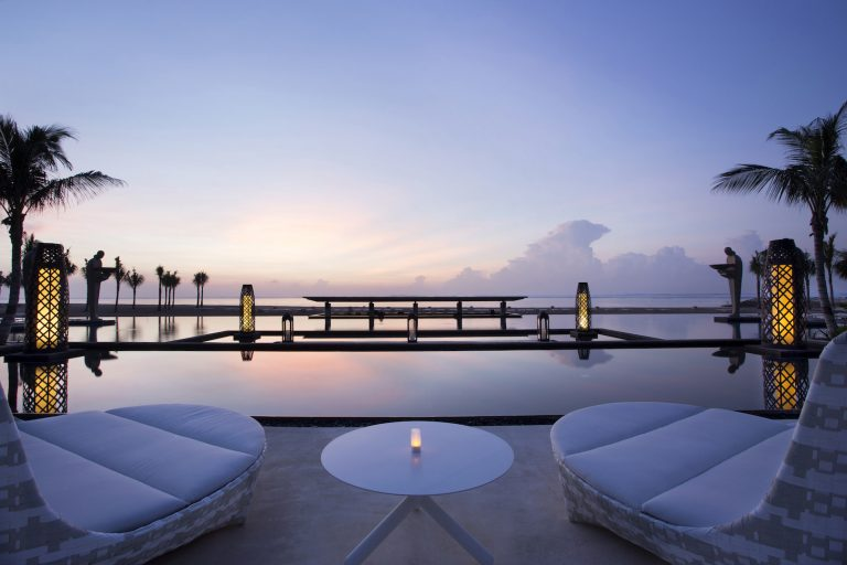 Mulia Resort - Ocean Pool