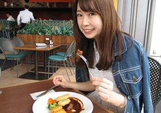 【競馬場はおいしい】東京競馬場のゲン担ぎグルメ「3連単シチュー」で、目指せ3連単!