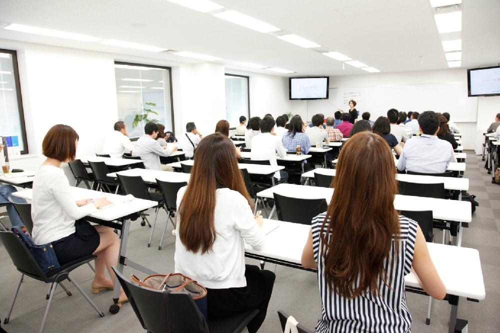 その日の講座は定員40名満席という盛況ぶり。