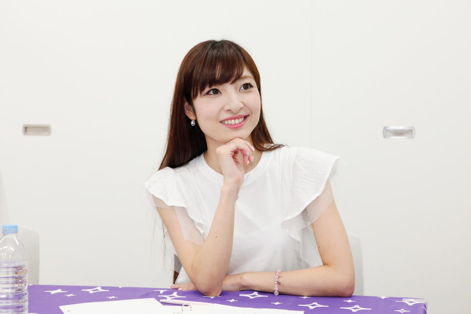 佐賀牛と北海道産の毛ガニなら、佐賀牛かな…。肉食女子なので!(五井渕さん)
