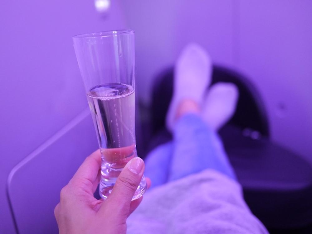 離陸を待つ時間も優雅に過ごせちゃいます。