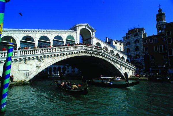 ヴェネツィア絵画リアルト橋