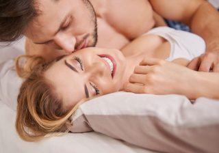 【長続きカップルに見習う♡】 お悩み別! セックスの不満を上手に伝える言い方4選