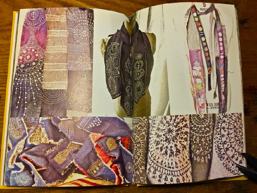 沖さんが発行された『poesy』に掲載されたwoky shotenのネクタイ。