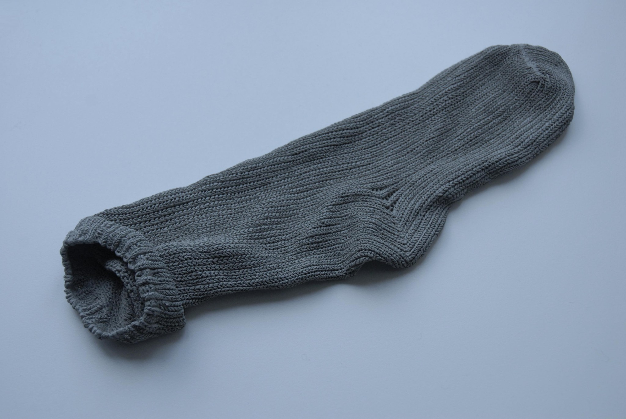 山本優美«存在の感触-靴下-»2013