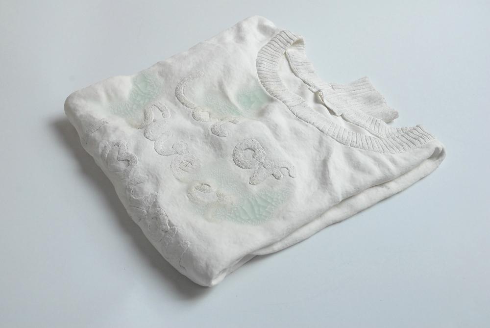 山本優美«識閾の水-セーター-»2015