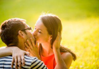 【一気に恋愛モードへ!】男子が5歳以上の年上女性に惹かれる瞬間3つ