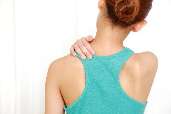 頭痛も肩こりも鼻のせい!? アレルギーにも影響する上咽頭炎とは。