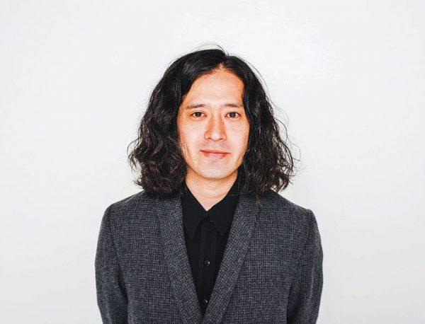 またよし・なおき 1980年、大阪府生まれ。芥川賞作品「火花」の、俳優・堤真一による朗読CDが発売中。2016年春にはNETFLIXでのドラマ『火花』が配信スタート予定。