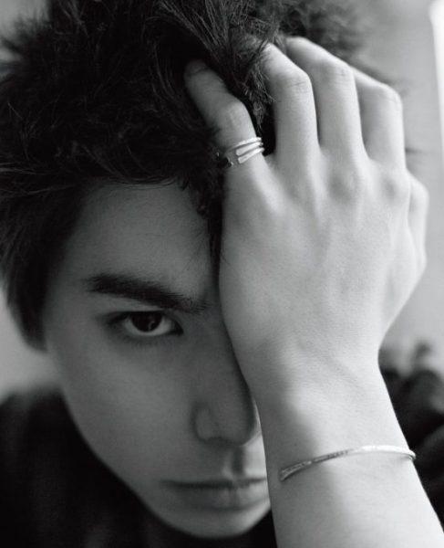 むらかみ・にじろう 1997年3月17日生まれ。東京都出身。主人公の弟役を演じた『ディストラクション・ベイビーズ』が5月21日より新宿テアトルほか全国ロードショー。