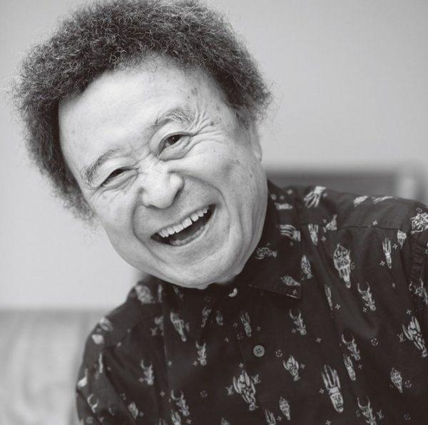 しのやま・きしん 写真家。1940年生まれ、東京都出身。日本大学藝術学部写真学科卒。広告会社勤務を経て、'67年にフリーカメラマンに。以降、広告、写真集、雑誌などのメディアで、数えきれないほどの名作を生み出している。アイドルから建築物、歌舞伎まで、被写体は幅広い。
