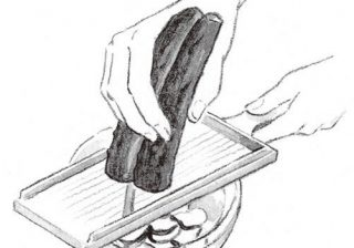 倍量切って塩もみ保存! あと一品をすばやく作る時短料理テク