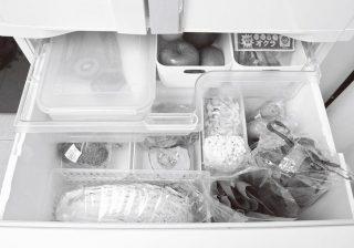 """冷凍庫も立てて収納! プロの""""整理整頓テク""""で食材ロスを減らす"""