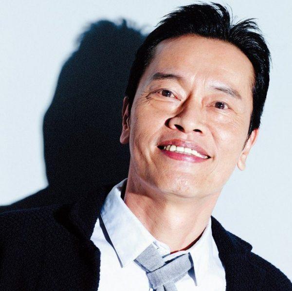 えんどう・けんいち 1961年、東京都生まれ。俳優、声優、ナレーター、脚本家と幅広く活躍。現在放送中のドラマ『Chef~三ツ星の給食~』に出演中。主演映画『うさぎ追いし-山極勝三郎物語-』が長野にて先行上映中。12月17日からは、有楽町スバル座ほかにて全国お正月ロードショー。