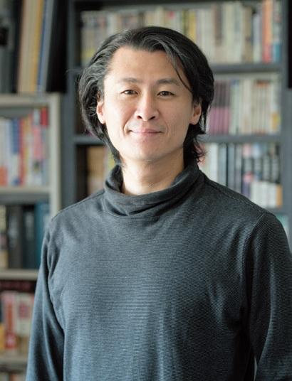 うぶかた・とう 作家。1977年生まれ。'03年『マルドゥック・スクランブル』で日本SF大賞、'10年に『天地明察』で吉川英治文学新人賞や本屋大賞など、'12年に『光圀伝』で山田風太郎賞を受賞。